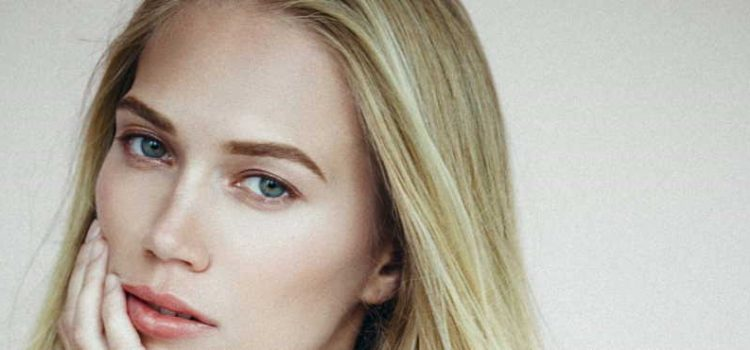 How Can One Find The Right Eyebrow Color For Blonde Hair?
